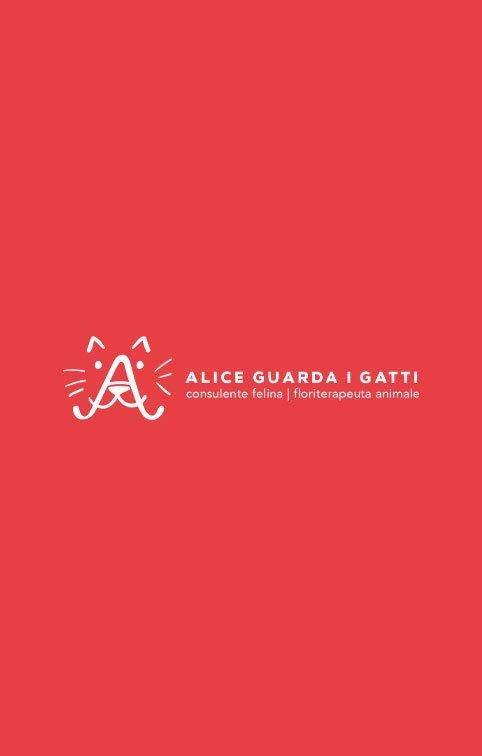 Alice guarda i gatti